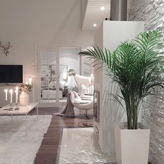 Pin on house and home Interior Design Living Room, Living Room Designs, Living Room Decor, Bedroom Decor, Home Room Design, Elegant Homes, Dream Rooms, Modern House Design, Cozy House