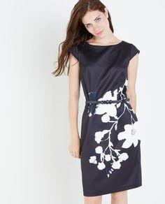 Zwarte jurk met abstracte bloemen