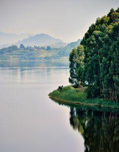 Lake Bunyonyi | Uganda (by Rod Waddington)