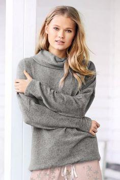 Grey Fleece Lounge Pyjama Top