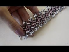 Master class (full version in good quality) - Bead bra. Master class (full version in good quality) – Bead bracelet. Bead Loom Patterns, Beaded Jewelry Patterns, Beading Patterns, Mosaic Patterns, Knitting Patterns, Art Patterns, Embroidery Patterns, Beaded Braclets, Beaded Bracelets Tutorial