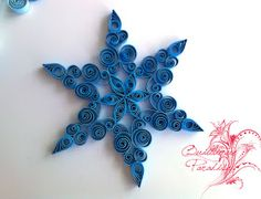 Snowflake Decorations, Christmas Decorations, Quilling Christmas, Christmas 2017, Paper Quilling, Snowflakes, Origami, Projects To Try, Paper Crafts