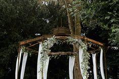 Mariage G & G • 21|07|2018 - Fleuriste spécialisée en mariages et wedding design en Alsace Valance Curtains, Gazebo, Outdoor Structures, Design, Home Decor, Elegant Wedding, Chic Wedding, Exterior Decoration, Atelier