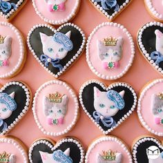 adorable kitty cookies