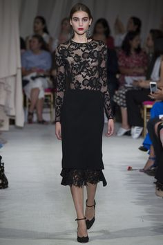 Oscar de la Renta Spring 2016 Ready-to-Wear Collection Photos - Vogue