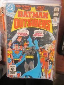 BATMAN AND THE OUTSIDERS #1 DC COMICS  VF