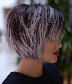28 Winning Looks with Bob Hairstyles for Fine Hair - hair styles for short hair Bobbed Hairstyles With Fringe, Short Choppy Haircuts, Short Hairstyles For Women, Cool Hairstyles, Choppy Bangs, Hairstyles Haircuts, Choppy Layers, Short Bangs, Straight Bangs