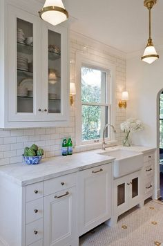 Small kitchen cabinet style. Small kitchens. Small kitchen with inset style…