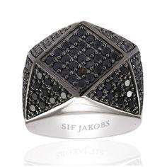 Panzano Grande Ring, Black