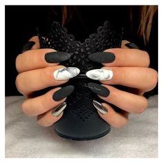 Black Nails #2 ILOVE ❤ liked on Polyvore featuring beauty products, nail care, nail polish and shiny nail polish