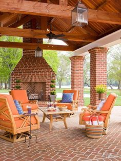 Use these outdoor fireplace ideas to give your deck, patio, or backyard living room a dramatic focal point. Browse pictures of fireplace designs for decorating ideas, inspiration, and tips on how to build an outdoor fireplace. Patio Seating, Pergola Patio, Backyard Patio, Pergola Ideas, Pergola Cover, Cheap Pergola, Backyard Landscaping, Backyard Ideas, Patio Steps