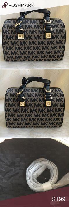 MICHAEL KORS Satchel Black and tan canvas satchel with gold tone hardware. Measures 9.5 x 14. New! Authentic 🚫trades Michael Kors Bags Satchels