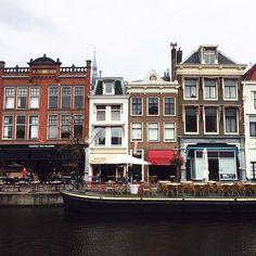 #hello #amsterdam #architecture #beautiful #day #trip #lostandfound #sunnyday #netherlands #vsco #vscocam 🏠☕️