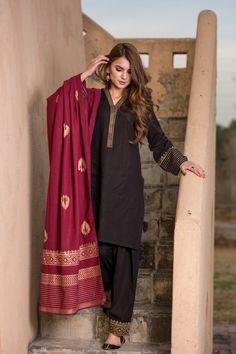 Black salwar suit indian bollywood top kurti palazzo full stitched new designer Fancy Dress Design, Stylish Dress Designs, Designs For Dresses, Pakistani Kurta Designs, Pakistani Dress Design, Beautiful Pakistani Dresses, Pakistani Dresses Casual, Black Salwar Suit, Black Kurti