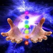 Escola Mystica / Escola Mística: O equilíbrio através da Cromoterapia