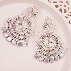 Svatební náušnice - Svatba 2021 Floral, Rings, Flowers, Jewelry, Jewlery, Jewerly, Ring, Schmuck, Jewelry Rings