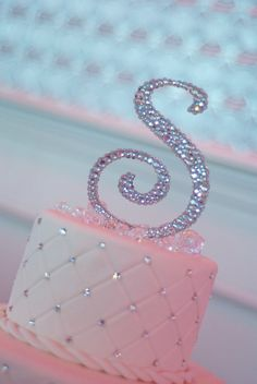 Items similar to Rhinestones Front & Back 6 Monogram Cake Topper - Clear Crystal. - Items similar to Rhinestones Front & Back 6 Monogram Cake Topper – Clear Crystal Only on Etsy - Glitter Birthday Cake, 25th Birthday Cakes, Birthday Cakes For Women, Glitter Cake, Sweet 16 Birthday, Birthday Ideas, Pink Glitter, Pink Bling, Sparkly Cake