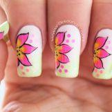 Decoración de uñas flores facil rosadas y amarillo-1