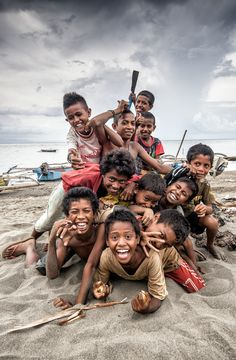 Captains of the sands - Timor Leste #kids #hdr
