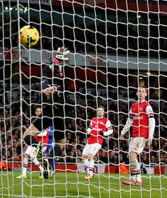 Credit: ADRIAN DENNIS/AFP/Getty Images A couple of minutes later, Everton substitute Gerard Deulofeu smashes a shot from a tight angle which...