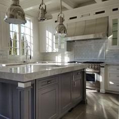 Stainless Range Hood, Stainless Steel Range Hood, Stainless Steel Kitchen, Kitchen Hoods, Eat In Kitchen, Kitchen Living, Kitchen Cabinets, Luxury Kitchens, White Kitchens