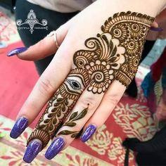 Most Beautiful Henna Mehndi Designs For Women In 2019 - Kurti Blouse Henna Tattoo Designs Simple, Simple Arabic Mehndi Designs, Modern Mehndi Designs, Wedding Mehndi Designs, Beautiful Mehndi Design, Mehndi Designs For Hands, Simple Henna, Peacock Mehndi Designs, Indian Henna Designs