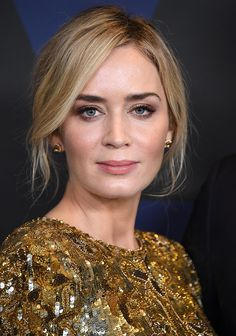 HOLLYWOOD, CA - NOVEMBER Emily Blunt arrives at the Academy Of Motion Picture Arts And Sciences' Annual Governors Awards at The Ray Dolby Ballroom at Hollywood & Highland Center on November 2018 in Hollywood, California. (Photo by Steve Granitz/WireImage) Emily Blunt, My Beauty, Hair Beauty, Blunt Hair, Mary Elizabeth Winstead, Teresa Palmer, Jessica Chastain, Kate Winslet, Nicole Kidman