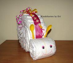 plain diaper snail - Windelschnecke mit Namen personalisiert -Windeltorte - ein Designerstück von Windeltorten-by-Evi bei DaWanda