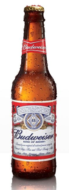 Anheuser Busch Budweiser: A classic American-style lager that represents the backbone of beer in the states. Made with fresh hops, it does have a flavorful quality, however hardly holds up to craft beer. Bar Drinks, Alcoholic Drinks, Alcohol Dispenser, American Beer, Cold, Cool Stuff, Bottle Candles, Beer Bottles, Super Bowl
