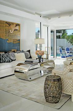 Palm Springs Interior Design Tour Home eclectic-living-room Palm Springs Interior Design, Eclectic Living Room, Beautiful Interior Design, Outdoor Furniture Sets, Outdoor Decor, Interiores Design, Interior Decorating, Decorating Ideas, Home Goods