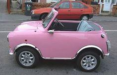 Carro rosa.