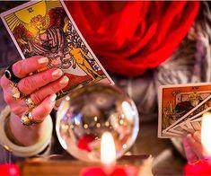 Real Phone Psychic Reading in Australia and Tarot Cards Career Astrology, Tarot Astrology, Chinese Astrology, Diy Tarot Cards, Phone Psychic, Diploma Online, Tarot Cards For Beginners, Tarot Learning, Tarot Readers