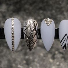 Gorgeous Nail Designs For Special Events Elegant Nail Art, Elegant Nail Designs, Beautiful Nail Designs, Gem Nails, Bling Nails, Stiletto Nails, Fancy Nails, Cute Nails, Pretty Nails