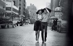 Will_You_Tiffany_Co_couple_pluie