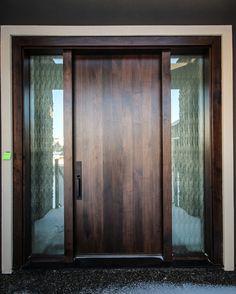40 Amazing Modern Door Design Ideas - September 26 2019 at Modern Entrance Door, Modern Front Door, Wood Front Doors, House Front Door, Entry Doors, Oak Doors, Front Entry, Sliding Doors, Wooden Door Design