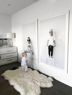 Honey…I blew up the kids. Ok, not really but I totally turned my favourite kids portraits into giant wall art. And you guys, it turned out SO GOOD! When I fo – Annelies