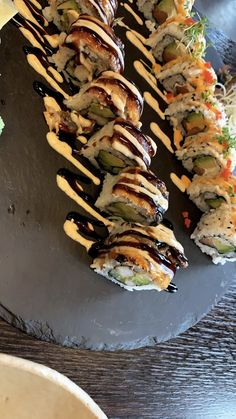 Sushi Love, Snap Food, Great Recipes, Healthy Recipes, Food Snapchat, Night Food, Food Goals, Aesthetic Food, Food Cravings