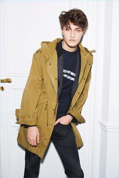Going casual, Anwar Hadid stars in Zadig & Voltaire's spring-summer 2017 campaign.
