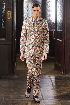 Alexander McQueen FW13 #fashion #style #moda #mode #model #menswear #runway #mensstyle #mensfashion #mensfashionfix #londoncollections #fall #winter #2013