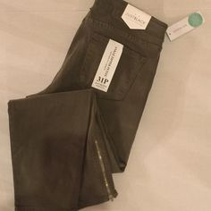 Just Black Dean Olive Skinny Ankle Zip Jeans 31P Super soft skinny jeans in olive. Cute zipper detail at ankle. In petite sizing ensures the cute zipper will sit at the ankle. New with tags. Just Black for Stitch Fix. Made in USA. 42% Lyocell, 32% Cotton, 15% Rayon, 8% Polyester, and 3% Spandex. Attached is a pic of the same jeans in white to show how they would fit. Just Black Jeans Skinny