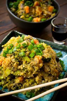 Si sustituyes en las recetas el arroz por quinoa no sólo obtendrás un platillo mucho más nutritivo si no también muy original. ¡Inténtalo, es más fácil de preparar de lo que imaginas!