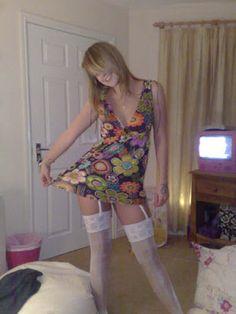 Adanalı Sexy Genç Kız Özge (Jartiyer Kulotlu Çorap Fetişi)