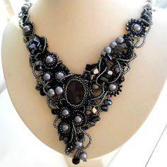 Free form beaded jewelry by Ibolya Barkoczi, midnight