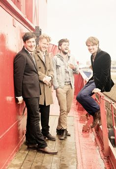 Mumford and Sons ♥ I went to their concert and was he most AMAZING THING EVER.