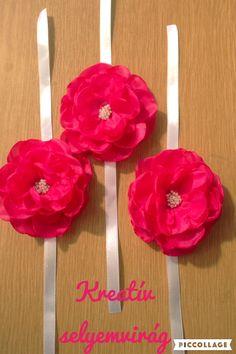 Wrist bouquet for bridesmaid