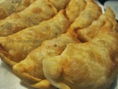 Panzerotti Recipe, Calzone, Catania, Casserole, Main Dishes, Food And Drink, Pasta, Lunch, Cooking