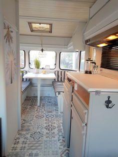 Camper Renovation 589760513691517801 - Ibiza look Constructam Caravanity Caravan Renovation Diy, Caravan Interior Makeover, Diy Caravan, Caravan Living, Retro Caravan, Camper Caravan, Camper Makeover, Rv Living, Caravan Ideas