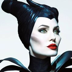 10 Disney villain costumes that are PERFECT for Halloween
