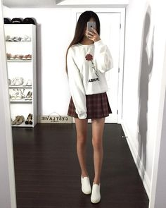 casual outfits date Summer Work Outfits, Spring Fashion Outfits, Skirt Fashion, Fashion Ideas, Fashion Trends, Casual Outfits, Girl Outfits, Cute Outfits, Moda Ulzzang