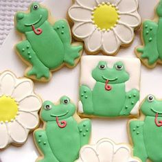 Frog and Daisy Sugar Cookies with Royal Icing   http://sugardotcookies.blogspot.com/2012/01/frog-and-daisy-sugar-cookies.html